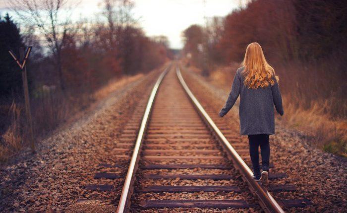 railway-2562643_1280